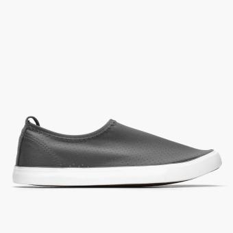 Kicks Ladies Raider Sneakers (Gray)