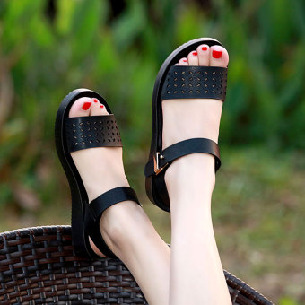 Korean-style female flat student sandals New style sandals (Black)