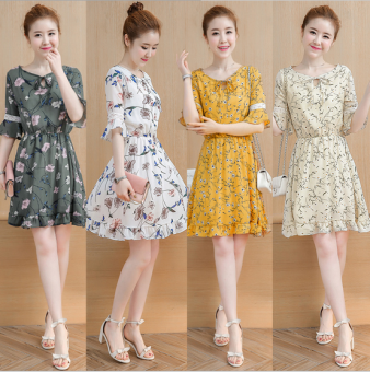 Korean-style long section horn sleeve floral dress (Dark green color)