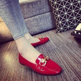 Korean-style patent leather spring and square head shoes scoop shoes (Red)