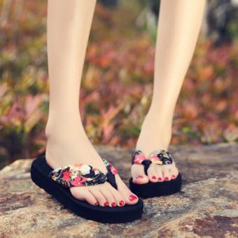 Korean-style Women's flip-flops (Semi-high heeled black bronze flower)