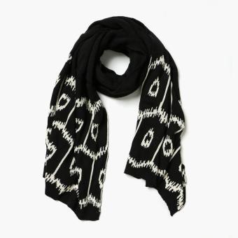 Kultura Ikat Knit Shawl (Black)