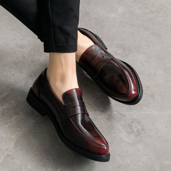 Loafers British men foot covering pointed leather shoes (Wine red color conventional models)