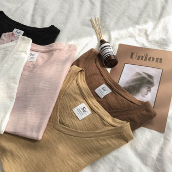 LOOESN Korean-style homemade New style v-neck t-shirt (Milk tea color)