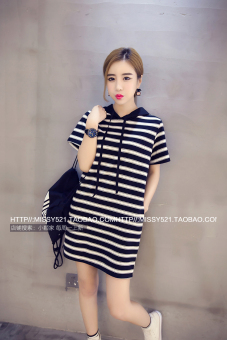 Loose New style Plus-sized Slimming effect hooded T-shirt dress (Black striped)