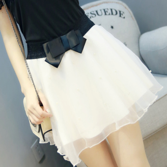 New word collar off-the-shoulder Slim fit wild T-shirt (Single skirt white)