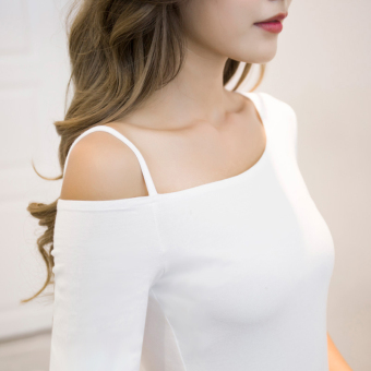 Off-the-shoulder T-shirt long-sleeved Top (White long-sleeved)