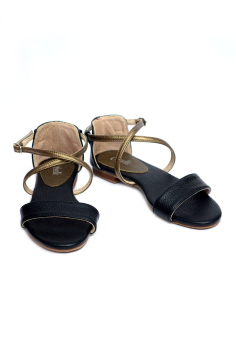 Ohrelle Heidi Cross-Strap Flats Sandals (Black) Price Philippines