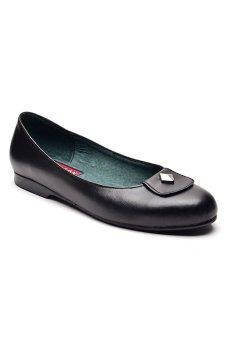 Paragon Clair Mae Genuine Leather Slip-Ons (Black)