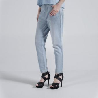 Penshoppe Vintage Slim Jeans In Light Wash (Powder Blue)