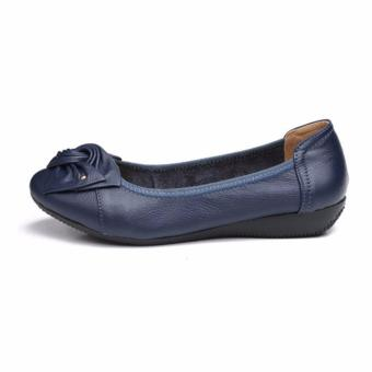 Plus Size(34-43) Women Genuine Leather Flat Shoes Flower Woman Casual Shoes Loafers (Blue) - intl
