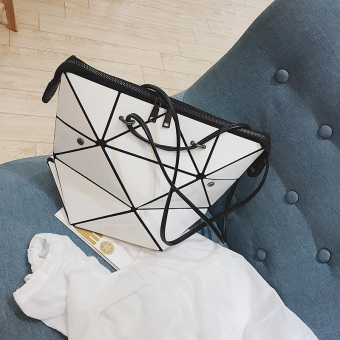 Quilted fashion New style flexible geometric handbag women's bag large bag (White)