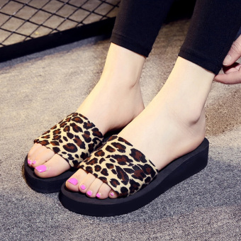 Semi-high heeled thick bottomed non-slip flat heel sandals Korean-style sandals and slippers shoes (Leopard)