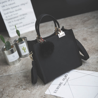 Small Square Korean-style shoulder female small bag (Black)