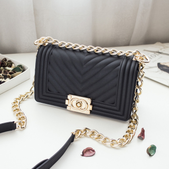 Small Square lock bag Lingge women's bag New style bag (Black (small))