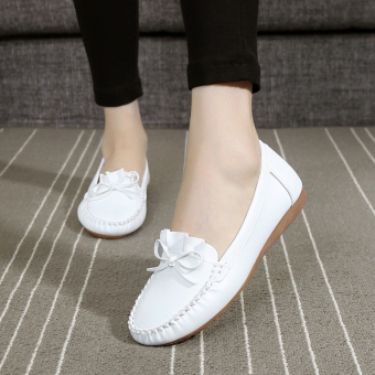 Soft bottom New style flat breathable nurse shoes mom shoes (918 white)