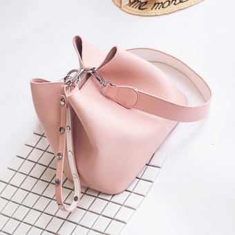 Thatcher European and American solid color female New style shoulder diagonal package New style messenger bag (Pink)