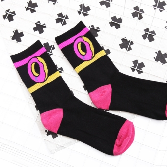 UlzzangChun cotton donut tube socks (Black)