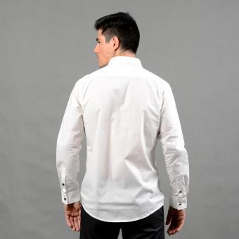 WALLSTREET WBL2525 Fitted Woven Long Sleeve Tuxedo Shirt [White] - 3