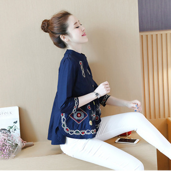 Women's Loose Embroidery 3/4 Sleeve Cropped Shirt - White - Navy Blue (Dark blue color)
