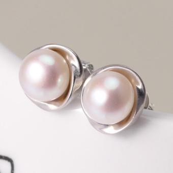 925 Sterling silver7-8mm Natural Freshwater Cultured Flower Shaped Pearl Earring - intl