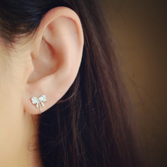 A3109 sweet silver no pain elegant ear clip