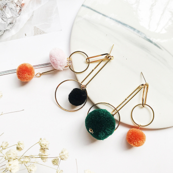 Cool exaggerated hair ball earrings European and American earrings