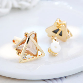 Cool female elegant triangular ear clip stud