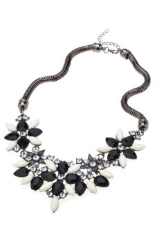 Cyber Colorful Flower Rhinestone Choker Necklace (Black)
