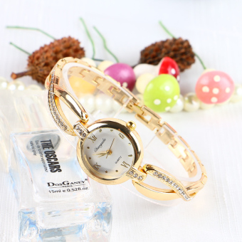 Elegant Korean-style women's quartz elegant bracelet watch