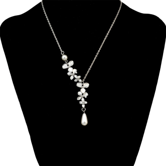 European and American hot selling elegant asymmetrical pearl pendant