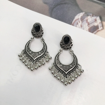European and American tassled products female elegant earrings