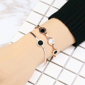 Famous 18k European and American plated rose gold Black round hand jewelry