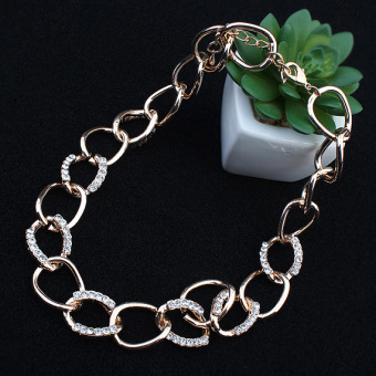Famous European and American metal punk style diamond set necklace