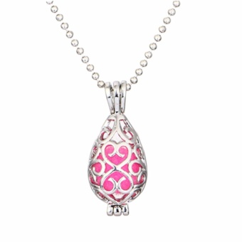 Fancyqube Woman DIY Fragrance Essential Oil Aromatherapy DiffuserPendant Locket Necklace Silver - intl