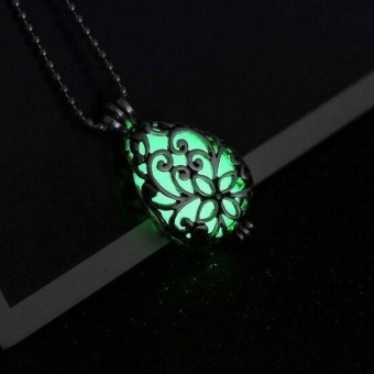 Fashion Silver Glow In Dark Locket Hollow Pendant Luminous Women Necklace Green