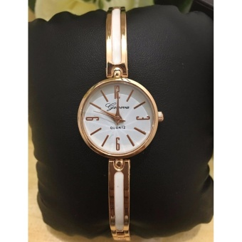 Geneva Claire Fashion Ladies Casual Bracelet Quarts Wrist Watch(White)