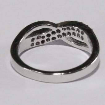Glamorosa Half Diamond Symmetrical Ring (Silver) - 3
