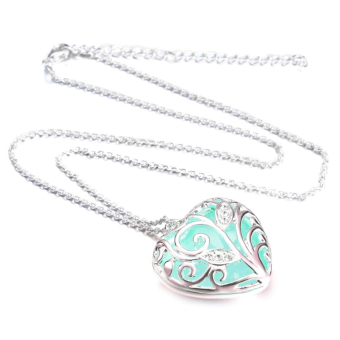 Glow in the Dark Aquamarine Heart Necklace (Aqua)
