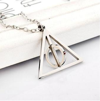 Harry Potter Deathly Hallows Necklace Silver - intl