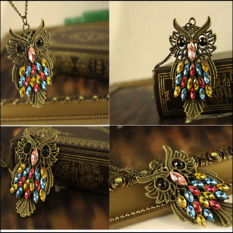 New Retro Owl Carved Hollow Chain Color Crystal Personality Girl Necklace - picture 2