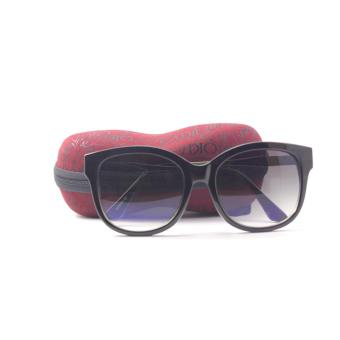 New Yorker Oversized Sunglasses with Case - Black