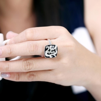 R675 Silver Plated New Finger Ring For Lady 7 Silver - Intl