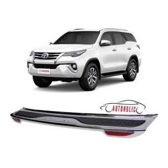 Rear Bumper Guard with Reflector for Toyota Fortuner 2016-2018