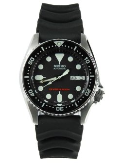 Seiko Men's Black Rubber Strap Watch SKX013K