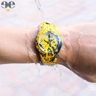 SKMEI 6056xzp Student's Multifunction Waterproof Luminous Silicone Strap Sports Quartz Watch - 2