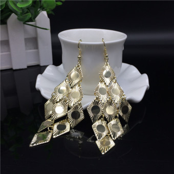 Tuan European and American gold exaggerated Long earrings
