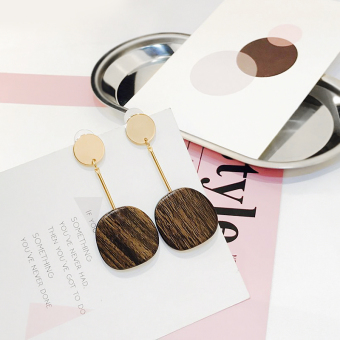 Ulzzang European and American elegant geometric earrings wooden earrings