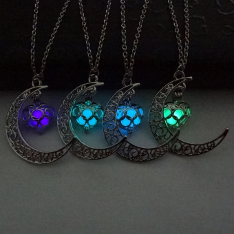Women Love Pendant Necklace Moon and Heart Pattern Fashion Jewellery Accessories (Deep Blue) - 2