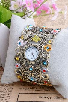Women Rhinestone Bracelet Watch Jewelry - picture 2